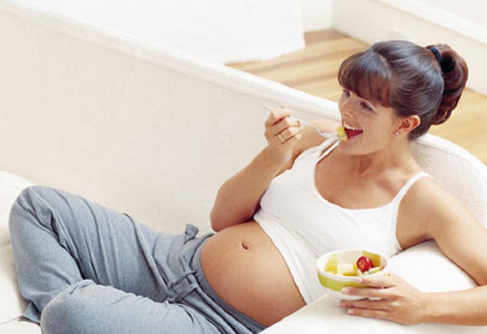 Care sunt cei 4 nutrienti necesari pentru femeile gravide?